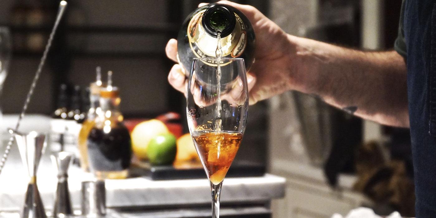 cocktail bar aperitivo