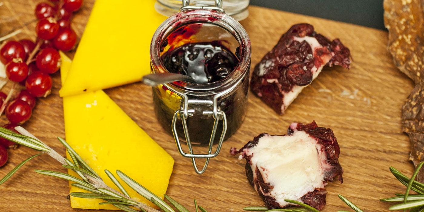 Tagliere mostarda e formaggi