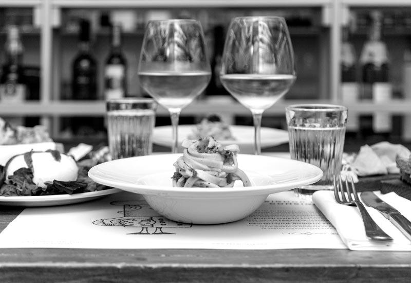 Vista interna del ristorante Ercoli Prati